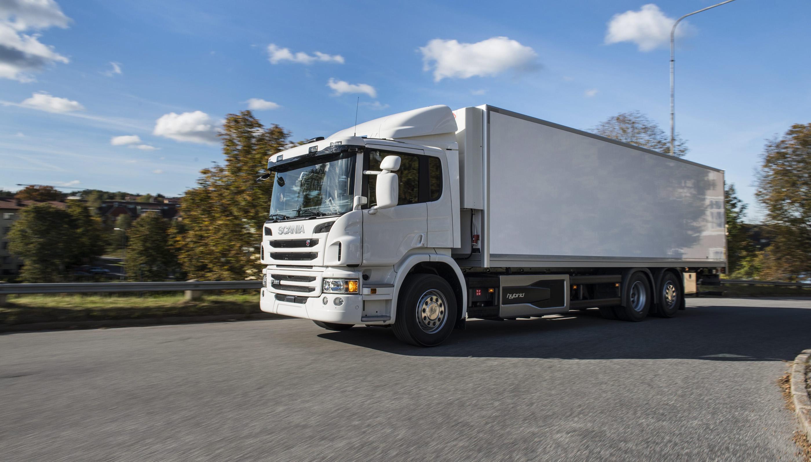 Scania Polska: Scania's hybrid truck wins prize for